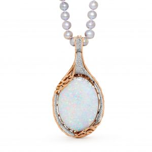 Australian Opal Pendant in 18K Yellow Gold with a Rim of Diamonds_23949_Opal Minded